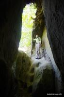 Выход из Богатырских пещер Богатырские пещеры