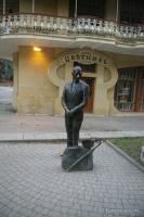 Памятник Кисе Воробьянинову в Пятигорске Киса Воробьянинов Парк Цветник