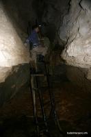 Лестница в пещере Духан Аминовка Пещера Духан подземный водопад
