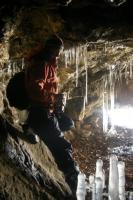Ледовые натёки в пещере пещера на г.Индюшка