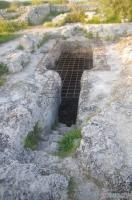 Подземный храм на улицах Херсонеса