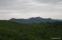 Вид на Папай со скал Серые Монастыри