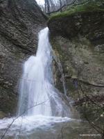 Водопады Полковничьи водопад