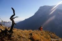 Вид на Ятыргварту снято с Мертвой скалы скала Мертвая Трю