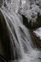 Большой Каверзинский водопад весна снег Каверзе