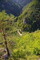 Вид на Гуамское ущелье вид от Монаховой пещеры