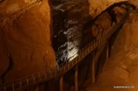 Мост в первом зале Новоафонской пещеры Ново-Афонская пещера
