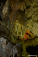 Сталактиты в Новоафонской пещере Ново-Афонская пещера натечные образования